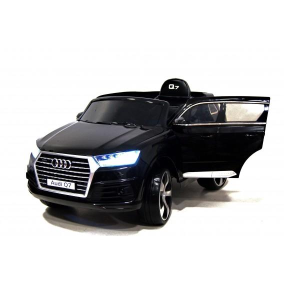Электромобиль Shenzhen Toys Audi Q7