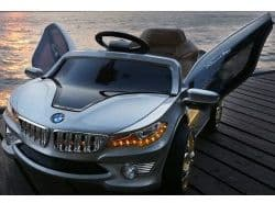 Электромобиль RiverToys BMW O002OO